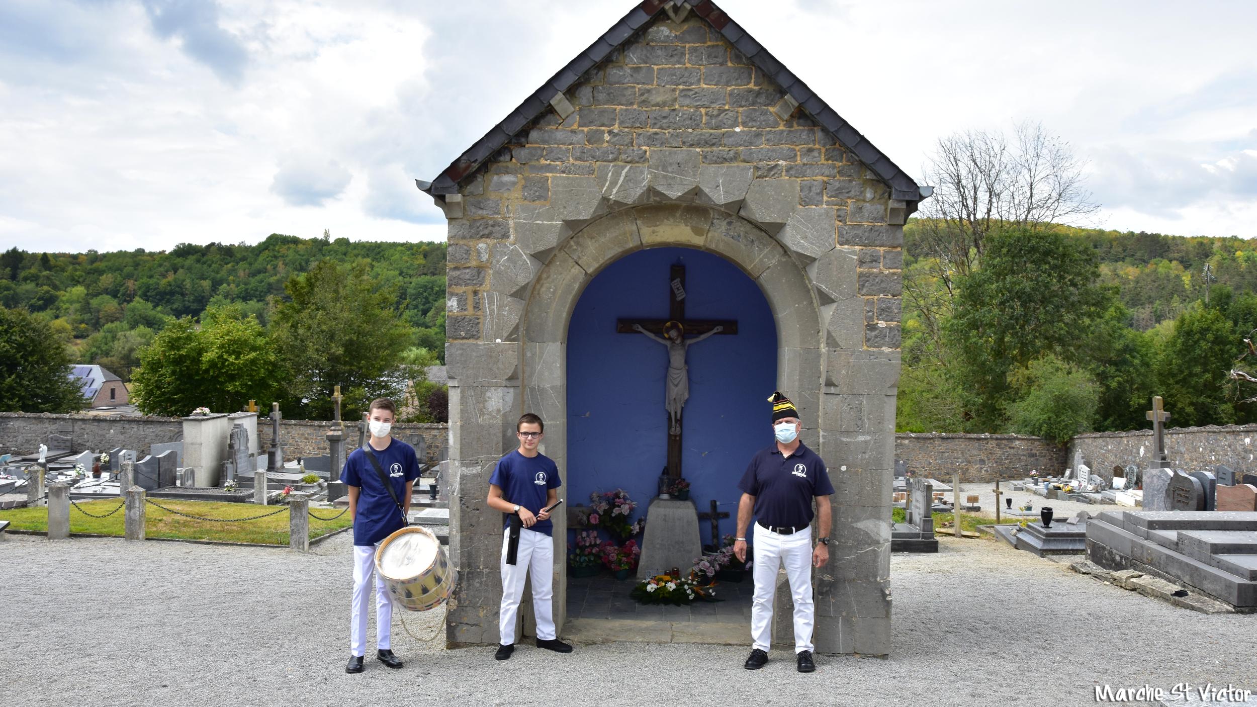Chapelle dans le cimetière